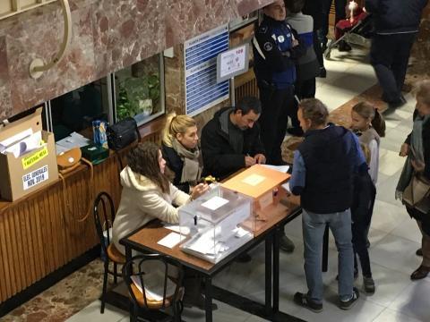Mesa electoral Calasancio