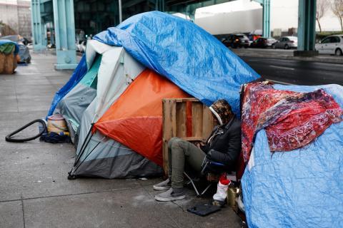 Una persona sin hogar en San Francisco
