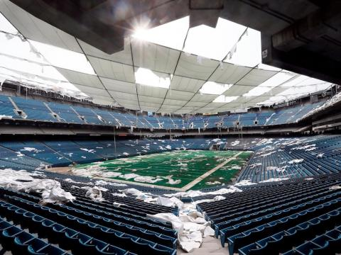 The Pontiac Silverdome once hosted the Super Dome.