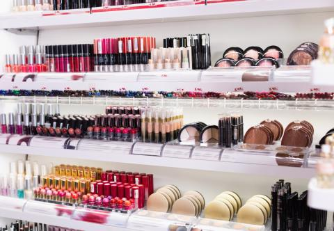 El top 15 de productos de belleza low cost que triunfan en Instagram y no todos están a la venta en Mercadona o Lidl.