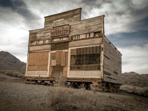 El edificio de la Mercantil Ryholite.