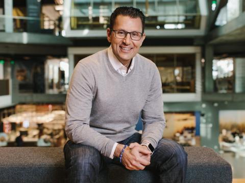 Sasan Goodarzi, CEO de Intuit.