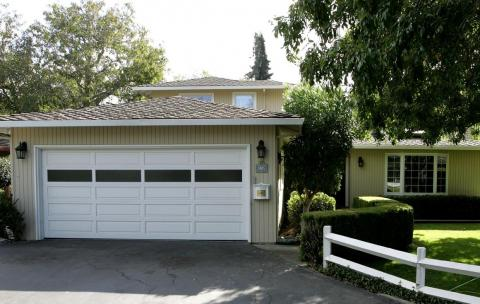 1. Google founders Larry Page and Sergey Brin rented this Menlo Park garage, where they started their search engine in 1998.