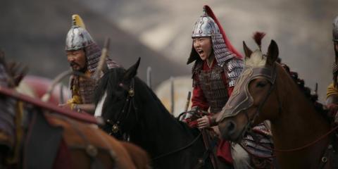 Yifei Liu interpreta a Mulan en la adaptación de acción en vivo.