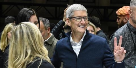Apple soars to all-time high after top analyst suggests 'completely wireless' iPhone could arrive by 2021