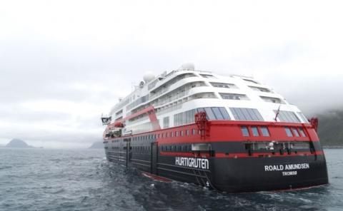 Hurtigruten toma la delantera ecológica con sus barcos eléctricos