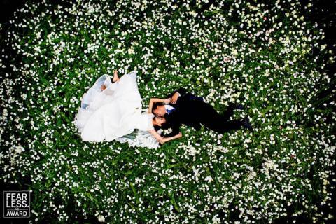 El fotógrafo captó a la pareja desde arriba.