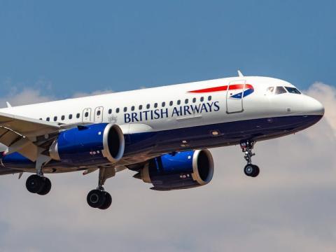British Airways fue multada con 229 millones de dóalres después de que hackearan su web.