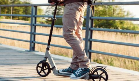 DGT regula patinete eléctrico multas
