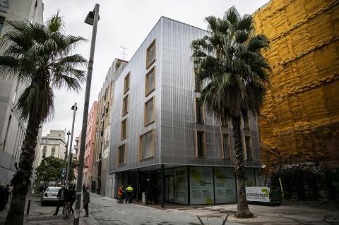 Edificio de Alojamientos de Proximidad Provisionales (APROP).