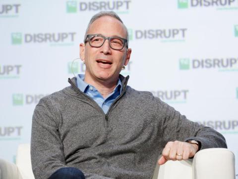 : Lemonade Inc. El cofundador y CEO Daniel Schreiber habla en el escenario durante el Día 1 de TechCrunch Disrupción SF 2018 en Moscone Center.