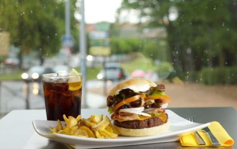 Hamburguesa de The Burger World.