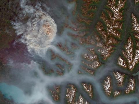 Swan Lake, ubicado a 8 km al noreste de Sterling, Alaska, se incendió el 29 de junio de 2019.