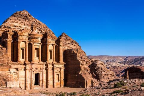 El Monasterio de Petra, Jordania
