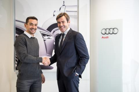 José Miguel Aparicio, director General de Audi España (dcha) y Manuel del Campo, CEO de Axel Springer España (izq).
