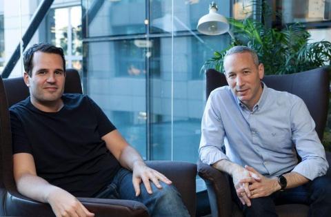 Los fundadores de la startup Lemonade founders, Shai Wininger y Daniel Schreiber.