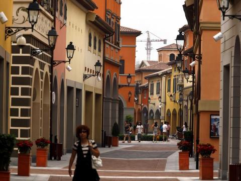 Florentia Village.