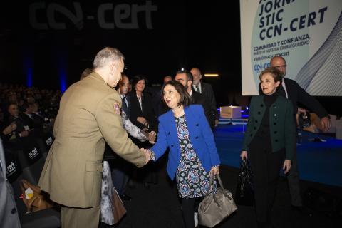 Margarita Robles a su llegada a las XIII Jornadas STIC del CCN-CERT.