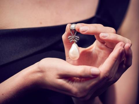 Un colgante de perlas que una vez fue propiedad de María Antonieta.