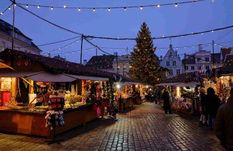 mercado navideño Tallin, Estonia