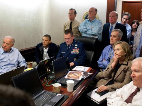 """La fotografía """"The situation room"""" fue tomada por el fotógrafo de la Casa Blanca, Pete Souza."""
