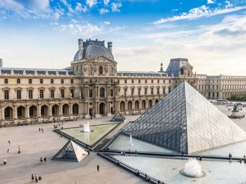 En París, la distancia media de los viajeros que viajan en un solo trayecto en transporte público es de 10,8 kilómetros.