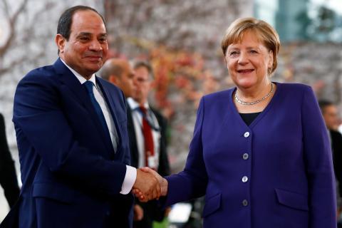 El presidente egipcio, Abdelfatah al-Sisi, con la canciller alemana Angela Merkel