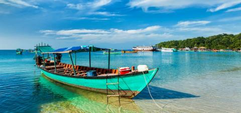 ¿Playas de arena blanca? Verificado. ¿Potencial de salto en la isla? Verificado. Una animada escena de mochileros y playas tranquilas? Verificado