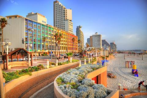 Tel Aviv tiene hermosas playas en las que relajarse cuando se está recuperando de su animada vida nocturna.