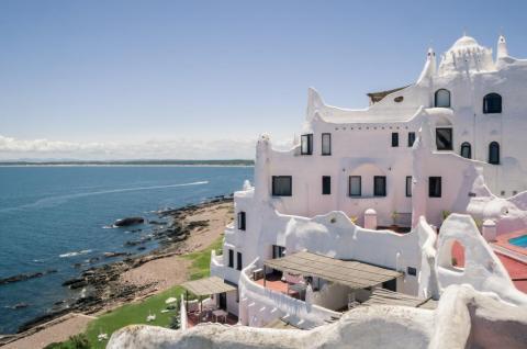 La costa uruguaya es el hogar de boutique boltholes.