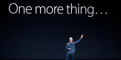 10 predicciones salvajes para el 2020: Apple compra Disney, Tesla se asocia con Hyundai, y los ataques de drones hacen que el petróleo suba...