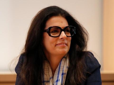 La heredera de la fortuna de L'Oreal, Françoise Bettencourt Meyers, es miembro del consejo de administración del principal grupo de cosméticos del mundo.
