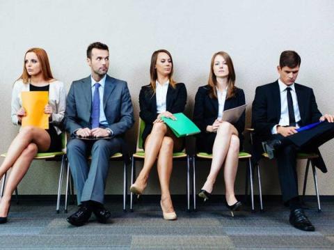 4. Hacer la entrevista el mismo día que otros aspirantes