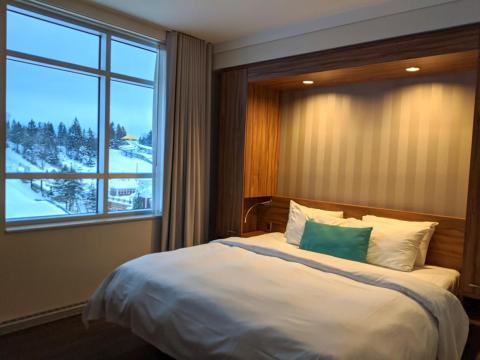 También obtienes una habitación en el hotel de cuatro estrellas Valcartier.