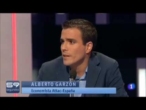 Alberto Garzón en una tertulia televisiva (2011).
