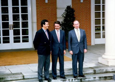 Aznar, Cascos y Rato en la Moncloa.
