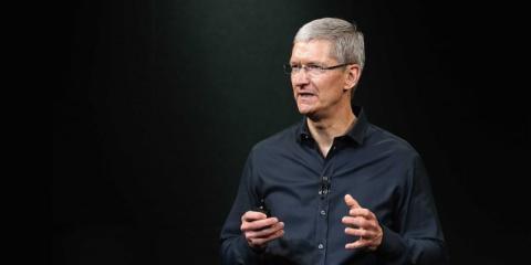 El CEO de Apple, Tim Cook, a menudo envía un correo electrónico a las 4:30 a.m.