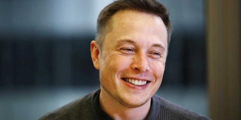 El CEO de Tesla, Elon Musk, era el número 2 en la lista de CEOs más sexys de BI.