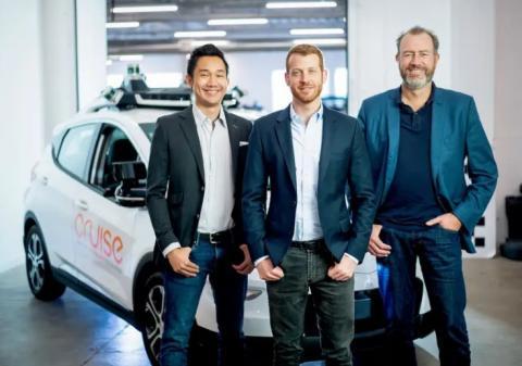Los cofundadores de Cruise, Dan Kan y Kyle Vogt, con Dan Ammann, el CEO (derecha).
