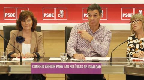 El dúo Sánchez-Calvo durante las primarias del PSOE de 2017.