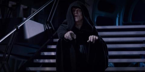"""El Canciller Palpatine fue el fantasma del título en el """"Episodio I""""."""