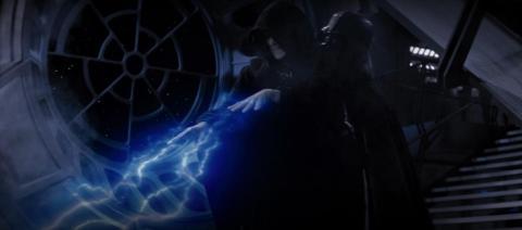 """Palpatine recuerda la traición de Darth Vader en """"El Regreso del Jedi""""."""