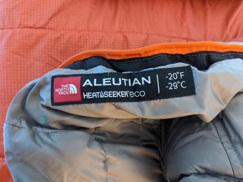 Los sacos de dormir están diseñados para el Polo Norte.