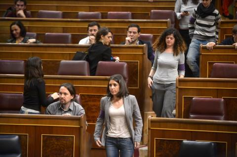 Irene Montero abandona la Cámara en una protesta feminista.