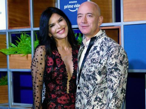 Jeff Bezos y su novia Lauren Sánchez el pasado 16 de enero de 2020.