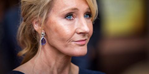 JK Rowling es la primogénita y ha ganado mucho dinero