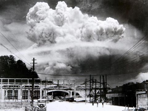 El bombardeo nuclear de Nagasaki, Japón, el 9 de agosto de 1945.
