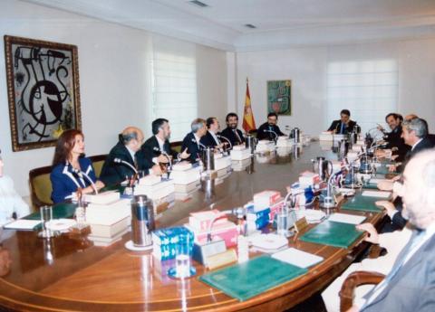 Primer Consejo de Ministros del cuarto Gobierno de González.