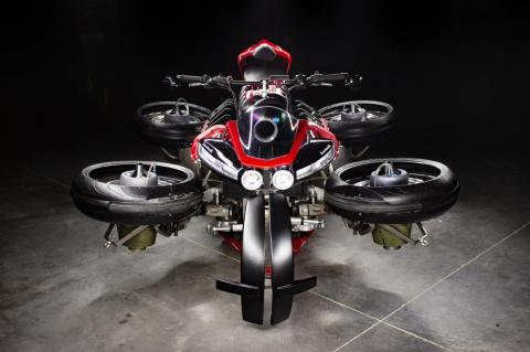 A switch on the dashboard sets the bike in road mode or flight mode.