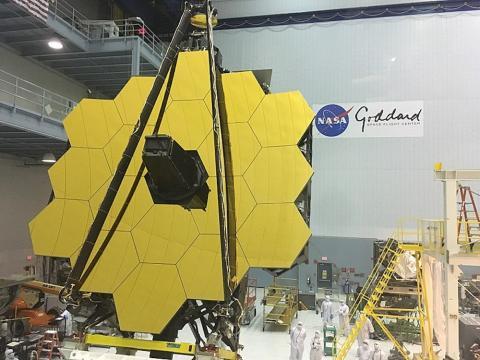 Espejo del telescopio espacial James Webb.
